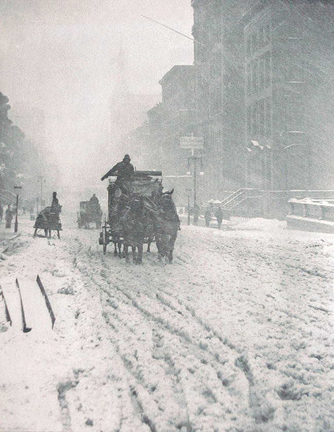 1893-Winter-on-Fifth-Avenue-Alfred-Stieglitz