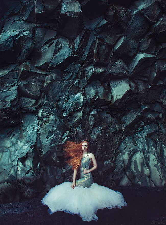 Miss-Aniela-logs-IcelandFashion