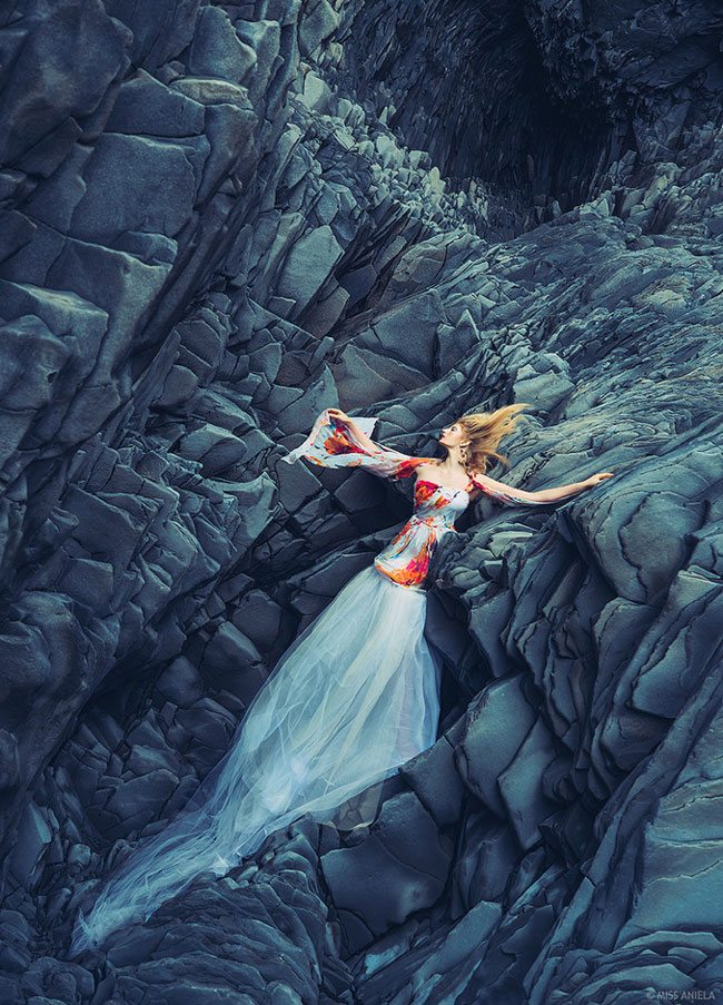Miss-Aniela-logs-IcelandFashion5