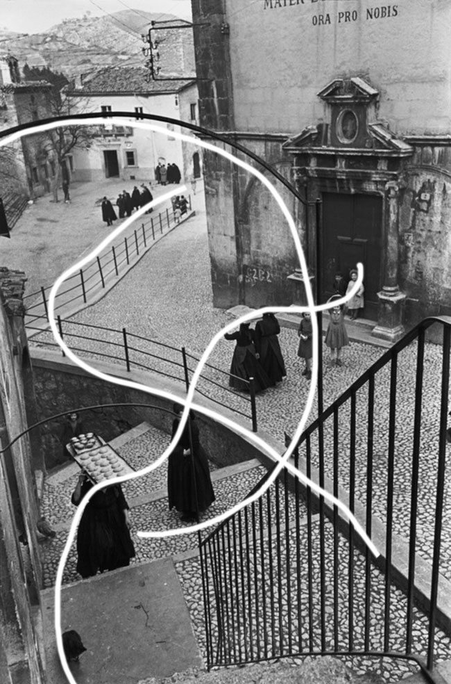 henri-cartier-bresson-stairs-arab