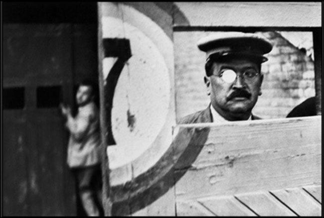 henri-cartier-bresson-valencia-spain-1933