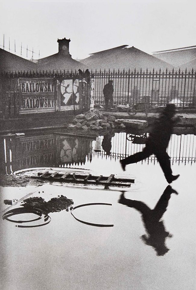 Mastering Composition - Henri Cartier-Bresson using Dynamic Symmetry - Proof-036-Man Jumping